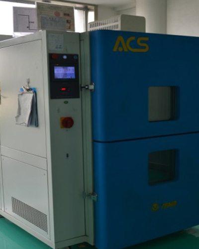 温度冷热冲击试验台Thermal shock test box