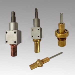 Self-sensing tuyere thermal actuator
